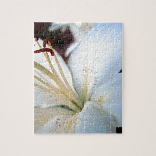 Pretty White Lily Jigsaw Puzzle