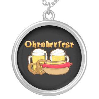 Pretzel de Bratwurst de la cerveza de Oktoberfest Colgantes Personalizados