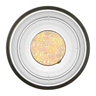 Pretzel Pattern Bowl
