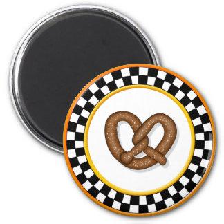 Pretzel & Round Checkerboard Magnet