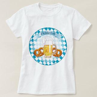 Pretzeles y cerveza de Oktoberfest Playeras