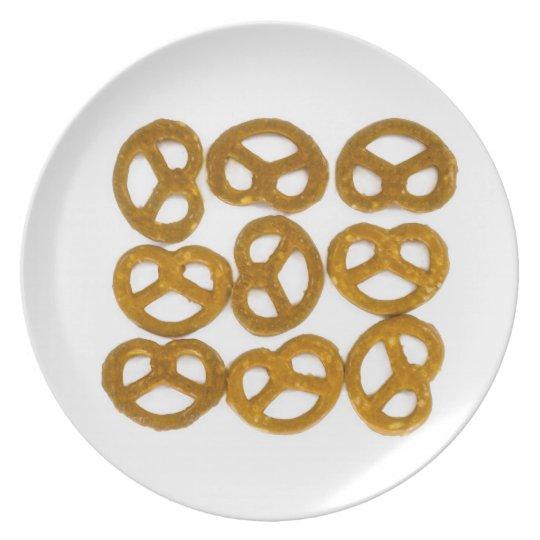pretzels plate
