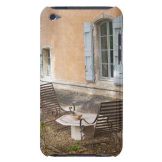 Prieure de St Jean de Bebian. Región de Pezenas Case-Mate iPod Touch Protector