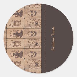 Prim Samhain Patches 2 Treat Bag Labels Classic Round Sticker