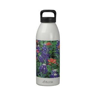Primavera de la púrpura de la flor de la primavera botellas de agua reutilizables