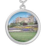 Primavera en las flores del castillo de Tamworth Joyerias Personalizadas