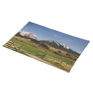 Primavera - Montana - irrigación - montañas - niev Mantel