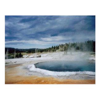 Primavera-Yellowstone caliente Tarjeta Postal