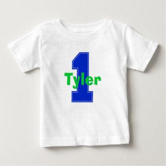 Primer azul de la camisa del cumpleaños de la