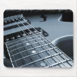 Primer azul de la guitarra eléctrica tapetes de ratón