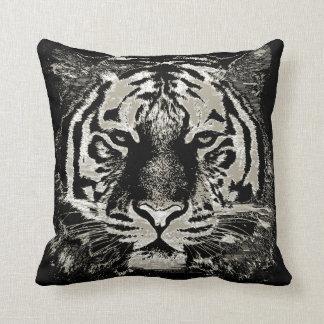 Primer blanco de la cara del tigre cojín
