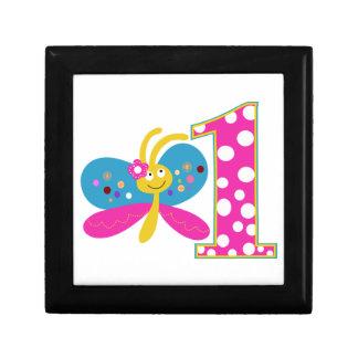 Primer cumpleaños de la mariposa femenina joyero cuadrado pequeño
