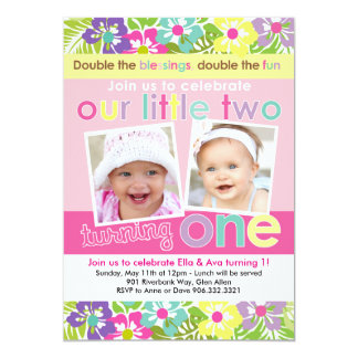 """Primer cumpleaños de los chicas gemelos florales invitación 5"""" x 7"""""""