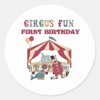 Primer cumpleaños del circo etiqueta redonda