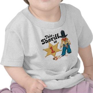 Primer cumpleaños del sheriff camiseta