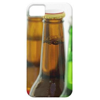 primer de botellas coloreadas de cerveza iPhone 5 funda