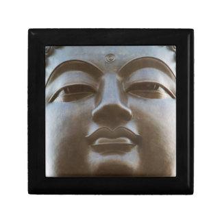 Primer de la estatua de Buda Joyero Cuadrado Pequeño