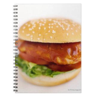 Primer de la hamburguesa del pollo cuaderno