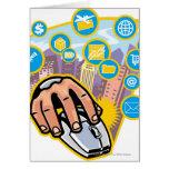Primer de la mano en ratón del ordenador tarjeta de felicitación