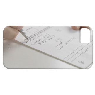 Primer de las manos que firman la prescripción iPhone 5 funda