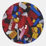 Primer de los bloques huecos de los niños etiqueta redonda