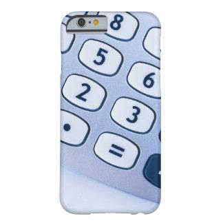 primer de los botones de la calculadora funda de iPhone 6 barely there