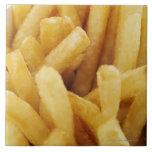 Primer de patatas fritas azulejo cuadrado grande