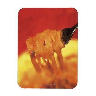 primer de un forkful de las pastas imanes rectangulares