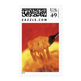 primer de un forkful de las pastas sello