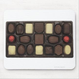 primer de una caja de chocolates clasificados alfombrillas de ratón