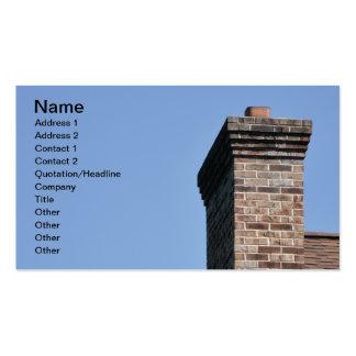 primer de una chimenea moderna del ladrillo tarjetas de visita