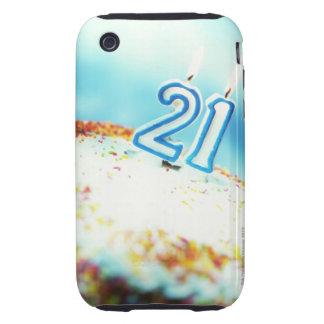 primer de una torta de cumpleaños con 21 velas enc tough iPhone 3 cárcasas