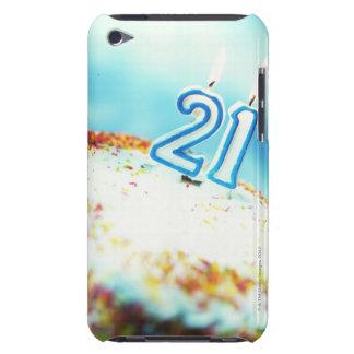 primer de una torta de cumpleaños con 21 velas enc Case-Mate iPod touch protector