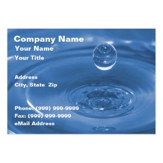 Primer del descenso del agua azul tarjetas personales