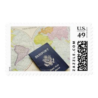 Primer del pasaporte que miente en mapa sello