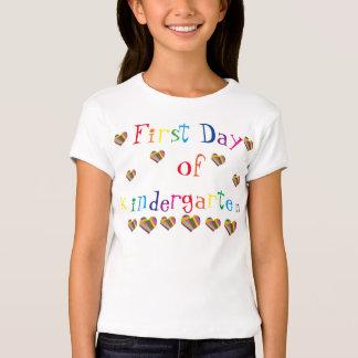 Primer día de la camiseta de los chicas de la polera