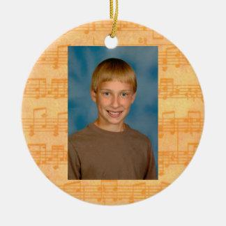 Primer día de la música de escuela todo el adorno de navidad