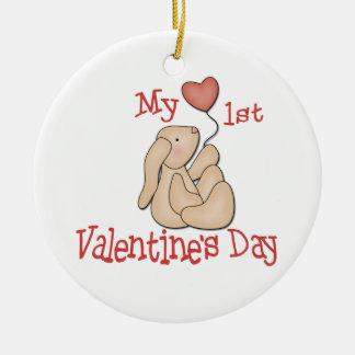 Primer día de San Valentín Adorno Navideño Redondo De Cerámica