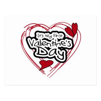 Primer día de San Valentín del corazón del texto r Tarjetas Postales