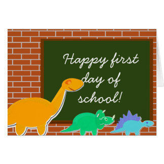 Primer día feliz de dinosaurios del dibujo animado tarjeta de felicitación