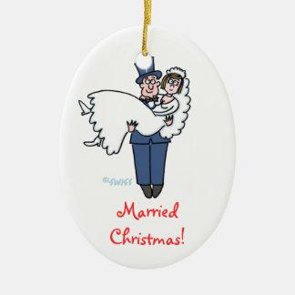 Primer dibujo animado del navidad de los recienes adorno ovalado de cerámica