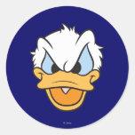 Primer enojado de la cara del pato Donald el | Pegatina Redonda