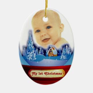Primer globo del navidad del bebé adorno navideño ovalado de cerámica