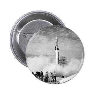 """Primer lanzamiento de Rocket, Cabo Cañaveral, """"par Pin Redondo De 2 Pulgadas"""