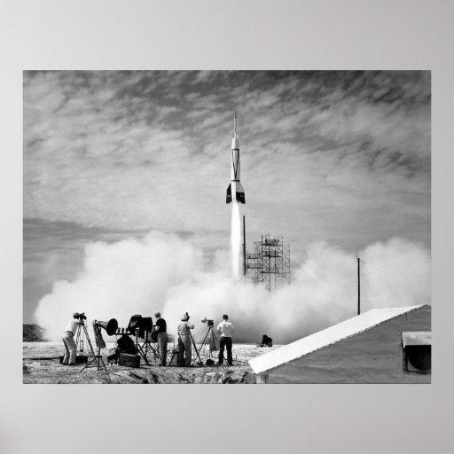 """Primer lanzamiento de Rocket, Cabo Cañaveral, """"par Póster"""
