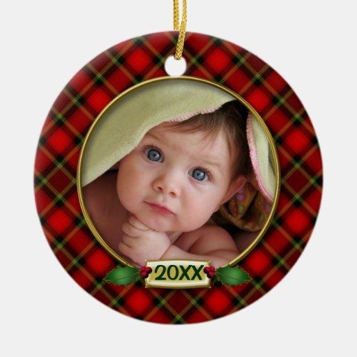 Primer marco de la foto del navidad del bebé adorno redondo de cerámica