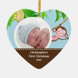 Primer mono del ornamento de la foto del navidad adorno navideño de cerámica en forma de corazón