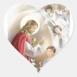 Primer muchacho de la comunión santa pegatina en forma de corazón
