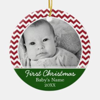 Primer navidad de Babys - galones rojos y verde Adorno Redondo De Cerámica