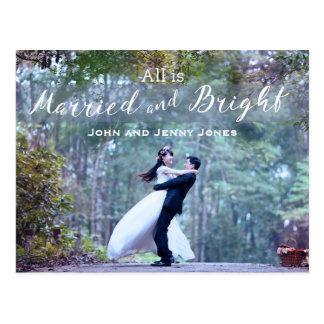 Primer navidad del recién casado casado y postal